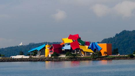 Biomuseo-Frank-Gehry_dezeen_468_6-1